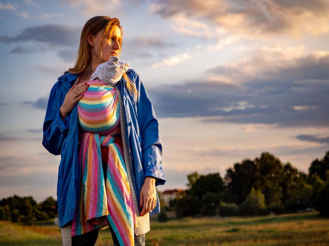 Chusty do noszenia dzieci - jak zakładać i jakie wiązania wybierać?