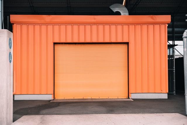 Brama garażowa - jaki otwór?